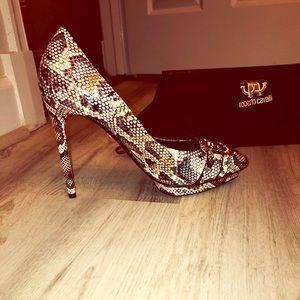 NEW Roberto Cavalli snakish 🐍 leather heels